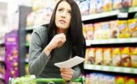 Consumidor: menos otimista e mais atraído por lançamentos.