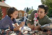 Pela 1ª vez, um pai aparece em um comercial da boneca Barbie