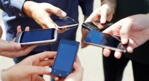 celular-smartphone-pessoas-1100