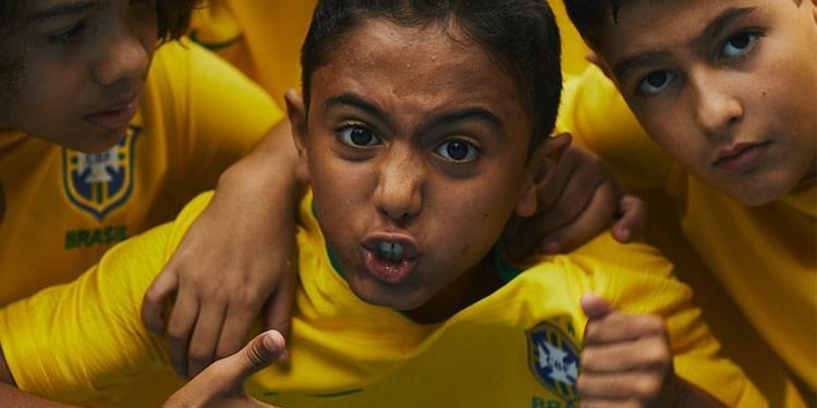 vai-na-brasileiragem-carousel-criancas-750x375